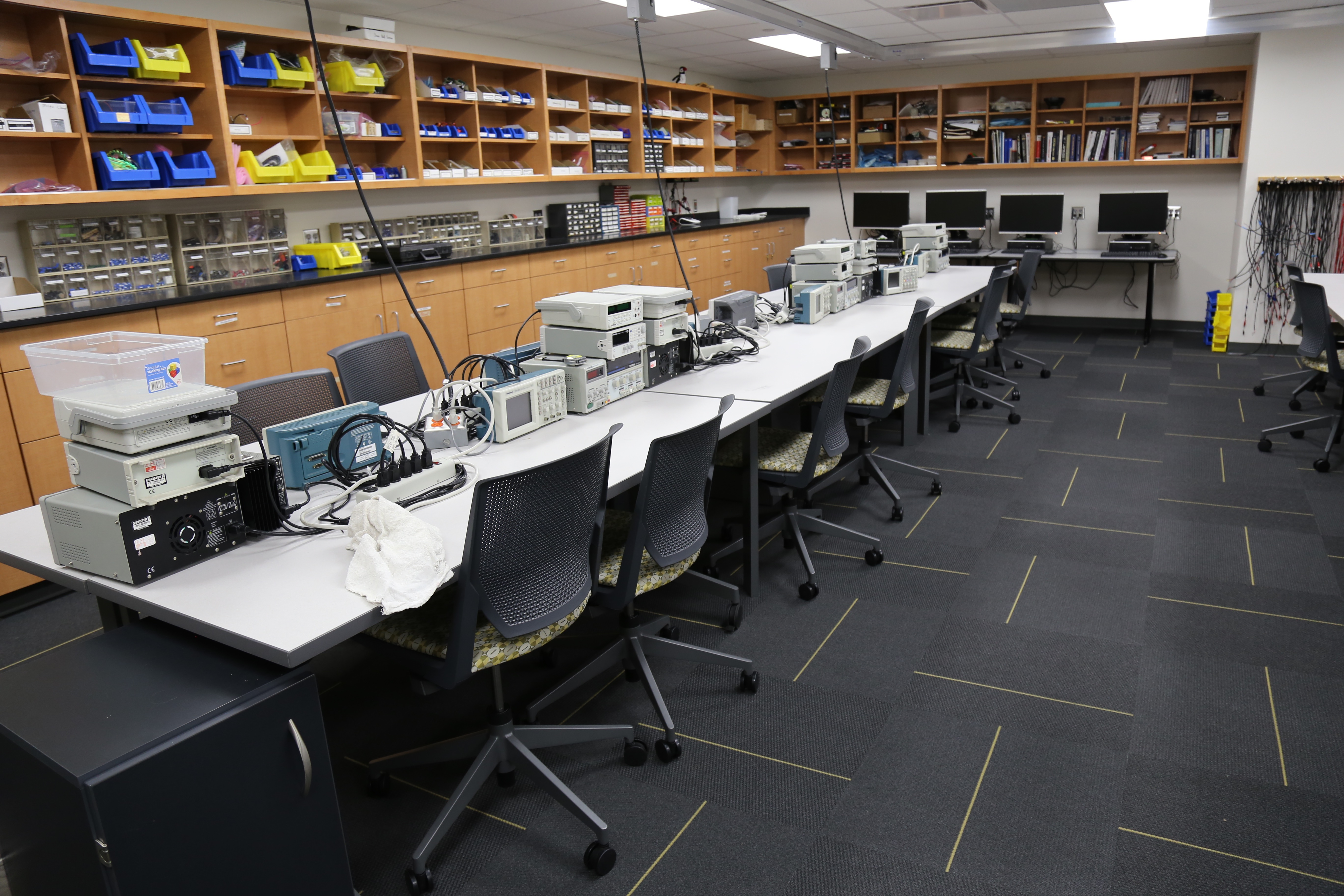 Image of FabLab work stations.