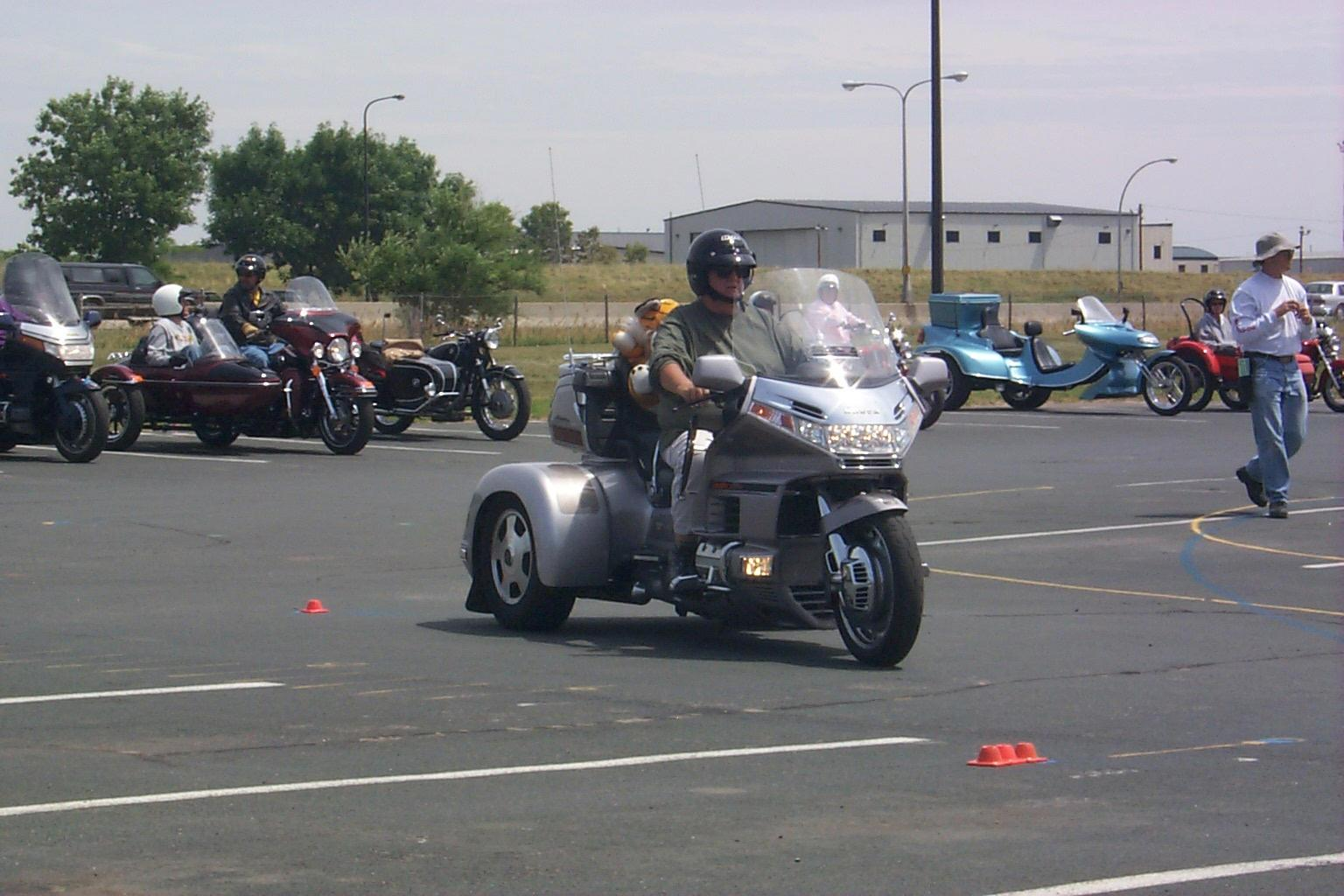 Training for trikes and sidecar rigs image